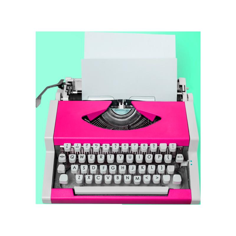 macchina-da-scrivere-rosa-storytelling-e-copywriting-iperattiva